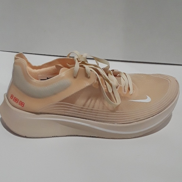Nike Wmns Zoom Fly Sp Racing Running